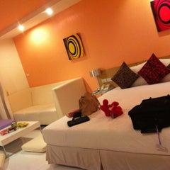 Photo taken at Best Bella Pattaya by Euw M. on 7/19/2012