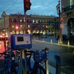 Photo taken at Vélo Bleu (Station No. 19) by Iarla B. on 3/5/2012