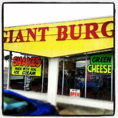 Photo taken at Giant Burger by BigRyanPark on 5/13/2012
