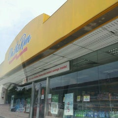 Photo taken at Esso by Wan A. on 1/29/2012