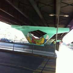 Photo taken at Paradero PC876 (Parada 5) by Nicole V. on 4/29/2012