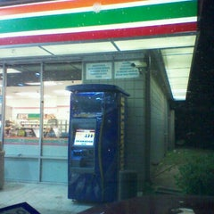 Photo taken at 7-Eleven by Naturallyfly E. on 10/17/2011