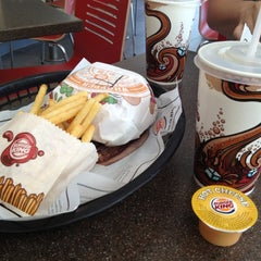Photo taken at Burger King by Milla P. on 5/27/2012