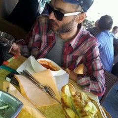 Photo taken at Trattoria Il' Giardino by Jelena Ellena K. on 5/9/2012