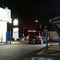 Photo taken at White Castle by Dale G. on 10/16/2011