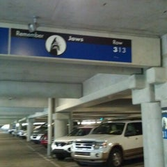 Photo taken at Universal Orlando Resort Parking Complex by Mona C. on 1/9/2012