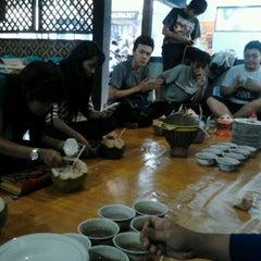 Photo taken at Warung Sate Abah Use by Dama Y. on 8/16/2012