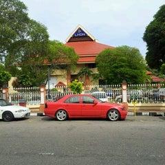 Photo taken at Lembaga Hasil Dalam Negeri (LHDN) by Ian L. on 6/6/2012