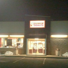 Photo taken at Dunkin Donuts by Paul C. on 2/3/2012