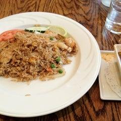 Photo taken at 35 Thai Restaurant by Yosuke H. on 6/12/2012