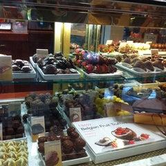 Photo taken at Godiva Chocolatier by m magic on 8/6/2011