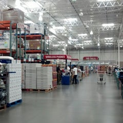 Photo taken at Costco Wholesale by Diestrong W. on 8/28/2012