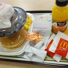 Photo taken at McDonald's by JUGGYMAN on 8/29/2012