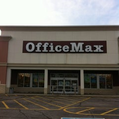 Photo taken at OfficeMax by Doc H. on 3/20/2012