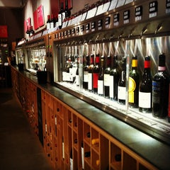 Photo taken at Vagabond Wines by Mark L. on 10/30/2011