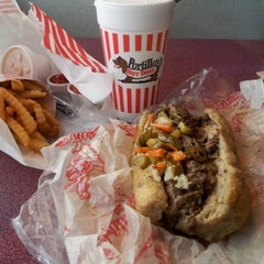 Photo taken at Portillo's by Tuyet H. on 4/10/2012