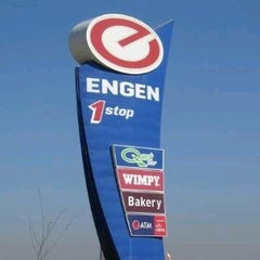 Photo taken at Blockhouse Engen One Stop R59N by Shavon A. on 11/15/2011