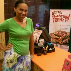 Photo taken at Tropical Smoothie Cafe by NiNi G. on 10/28/2011