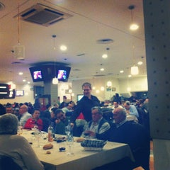 Photo taken at Restaurante Bingo Baskonia by La Visita C. on 4/21/2012