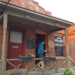 Photo taken at Denver Pizza Company by Leonardo D. on 3/25/2012