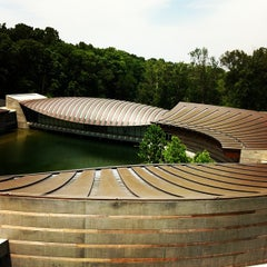Photo taken at Crystal Bridges Museum of American Art by Cody E. on 5/26/2012