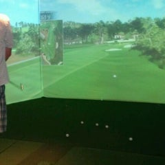Photo taken at Foursome's Grille, Golf And Spirits by Laura A. on 4/14/2012