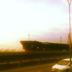 Photo taken at Porto do Rio de Janeiro by Fabio J. on 5/24/2012