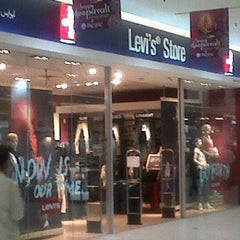Photo taken at Levi's ® Store by Zana Y. on 10/10/2011