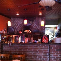 Photo taken at The Original Goodfella's Brick Oven Pizza by Toney W. on 3/24/2011