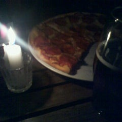 Photo taken at Tinto y Blanco Restaurant & Wine Bar by Jorge O. on 9/22/2011