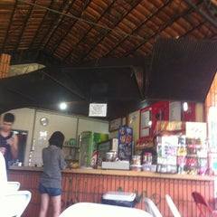 Photo taken at Cantina do IFCH by Eduardo A. on 3/2/2012