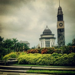 Photo taken at Universitas Brawijaya by Syahrial Haris H. on 4/8/2012