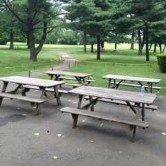 Photo taken at Flushing Meadows Pitch & Putt by Lizzy P. on 7/7/2012