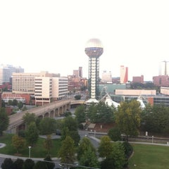 Photo taken at Four Points by Sheraton Knoxville Cumberland House Hotel by Jeffrey T. on 8/28/2012
