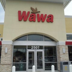 Photo taken at Wawa by Jonathan SoTalented B. on 8/18/2012