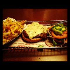Photo taken at SmashBurger by Nadeem D. on 6/9/2012