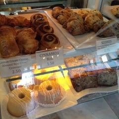 Photo taken at Island Brew Coffeehouse by Patrick W. on 4/29/2012
