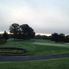 Photo taken at Springfield Golf and Country Club by Scott A. on 8/27/2012