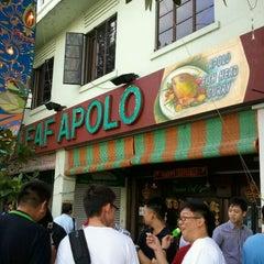 Photo taken at The Banana Leaf Apolo by Kok Yong E. on 10/17/2011