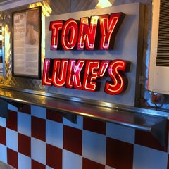 Photo taken at Tony Luke's by Sobby on 11/13/2011