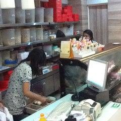 Photo taken at Merlino Bakery, Tart & Bakpia by Krisna on 11/5/2011