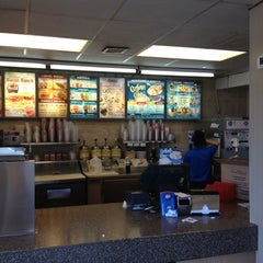 Photo taken at Dairy Queen by Stew Keene P. on 5/27/2012