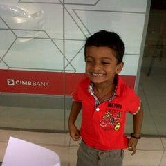 Photo taken at CIMB Bank Berhad, Jalan Kapar by Nithiya J. on 9/2/2011
