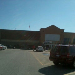 Photo taken at Walmart Supercenter by Kalum (Kdog) J. on 10/29/2011