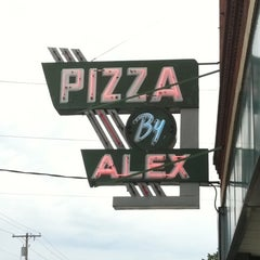 Photo taken at Pizza by Alex by Rachel L. on 8/14/2011