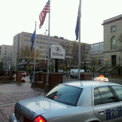 Photo taken at Hilton Madison Monona Terrace by Budiono T. on 10/12/2011