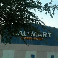 Photo taken at Walmart by Blankis R. on 6/10/2012
