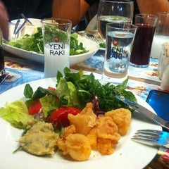 Photo taken at Balık Pişiricisi Veli Usta by Sait A. on 9/5/2012