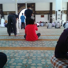 Photo taken at Masjid Kuarters KLIA by Sulaiman H. on 7/20/2012
