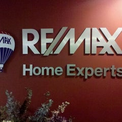 Photo taken at RE/MAX Home Experts by Ronald J. on 9/30/2011